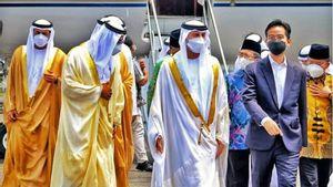 Gagahnya Gibran 'Jokowi' Rakabuming Dampingi Menteri UEA di <i>Groundbreaking</i> Masjid Syeikh Zayed, Bikin Netizen 'Ajakin <i>Wedangan</i> Mas'