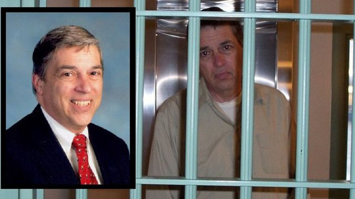 FBI Agent Robert Hanssen Escapes Death Penalty After Selling U.S. Secrets  To Russia In History Today,