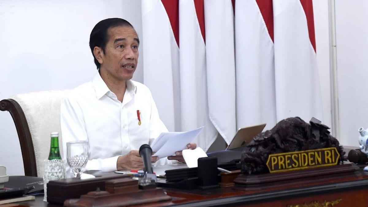 Jokowi Sebut UU Cipta Kerja Bikin Pungli Menghilang