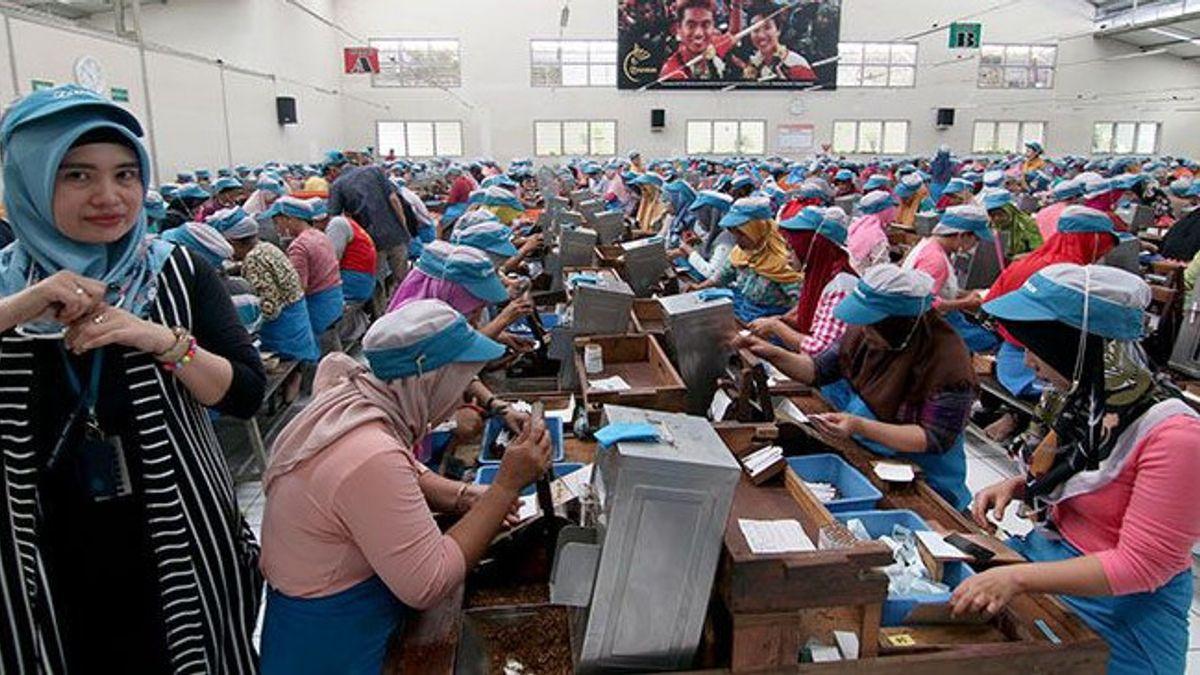 Pabrik Djarum Milik Konglomerat Duo Hartono Diaspal Plastik oleh Perusahaan Prajogo Pangestu Chandra Asri