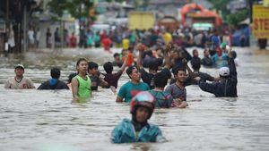 PKS Sentil Jokowi Soal Banjir Jakarta: Sudah 7 Tahun jadi Presiden, Bagaimana Sudah Diatasi?