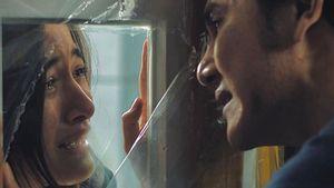 Mawar Eva de Jongh Duet dengan Vino G Bastian di Film <i>Lockdown</i>?