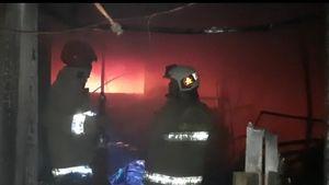Gedung BPOM di Johar Baru Jakarta Pusat Terbakar