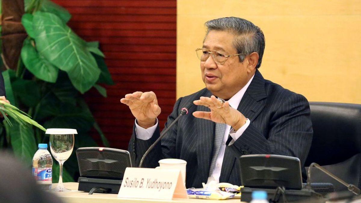 دعوة الديمقراطيين ليس للبيع ، SBY يعتبر شيوخ الحزب مرة أخرى الذعر لأن ابنه يريد أن يطيح