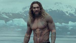 Jason Momoa Beri Kejutan kepada Penggemar Aquaman yang Idap Kanker