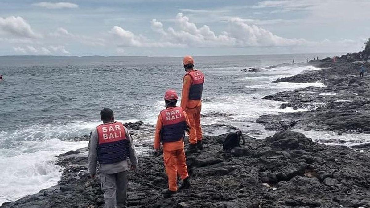 3 Orang Hilang saat Memancing Malam di Pantai Mimba Padangbai Bali