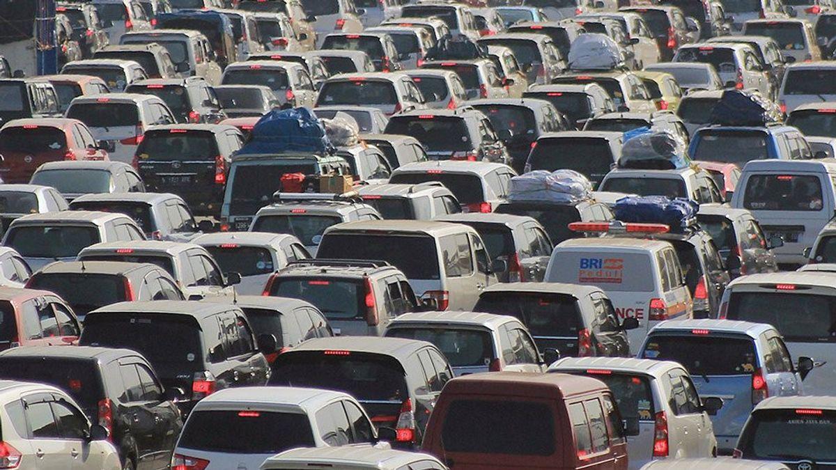 Hampir 140.000 Kendaraan Tinggalkan Jabodetabek Besok, Hari Terakhir sebelum Mudik Dilarang