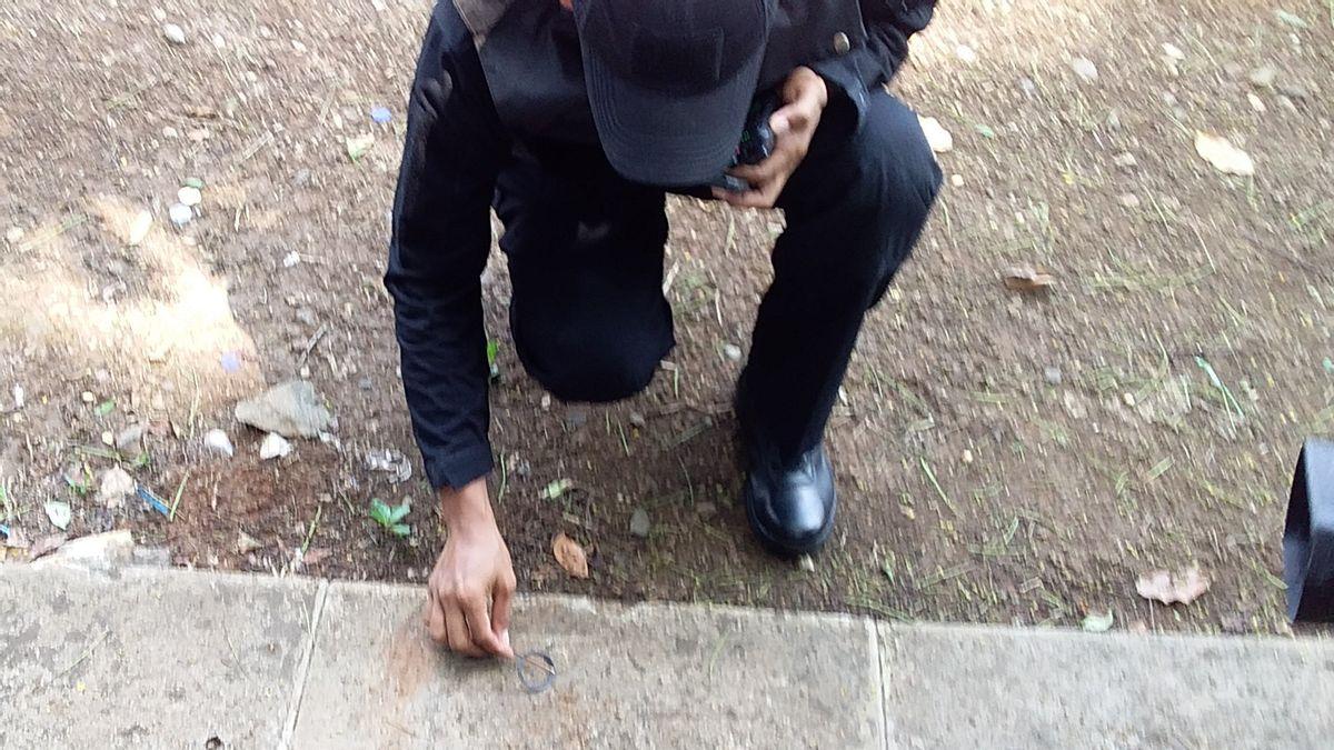 Granat Asap di Monas yang Tak Diakui Milik Polisi