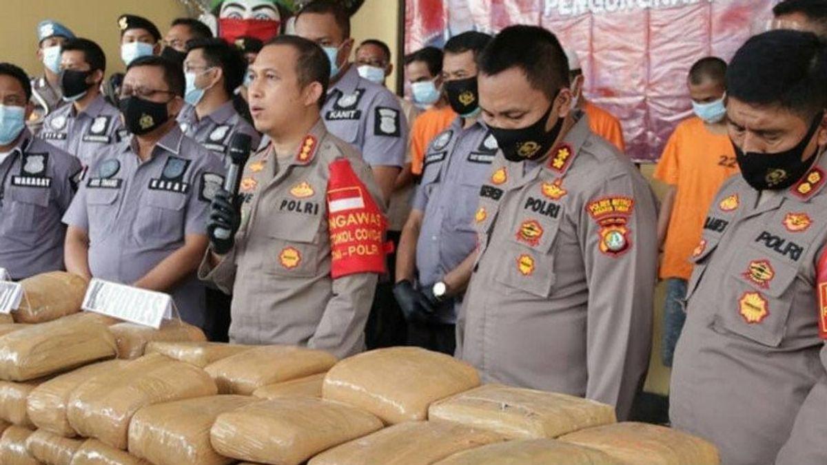 Polisi Sita 159 Kg Ganja Diselundupkan Bermodus Kotak Berlogo PLN
