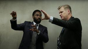 Christopher Nolan Tak Terima Keputusan Warner Bros Tayangkan Film di Bioskop dan HBO Max