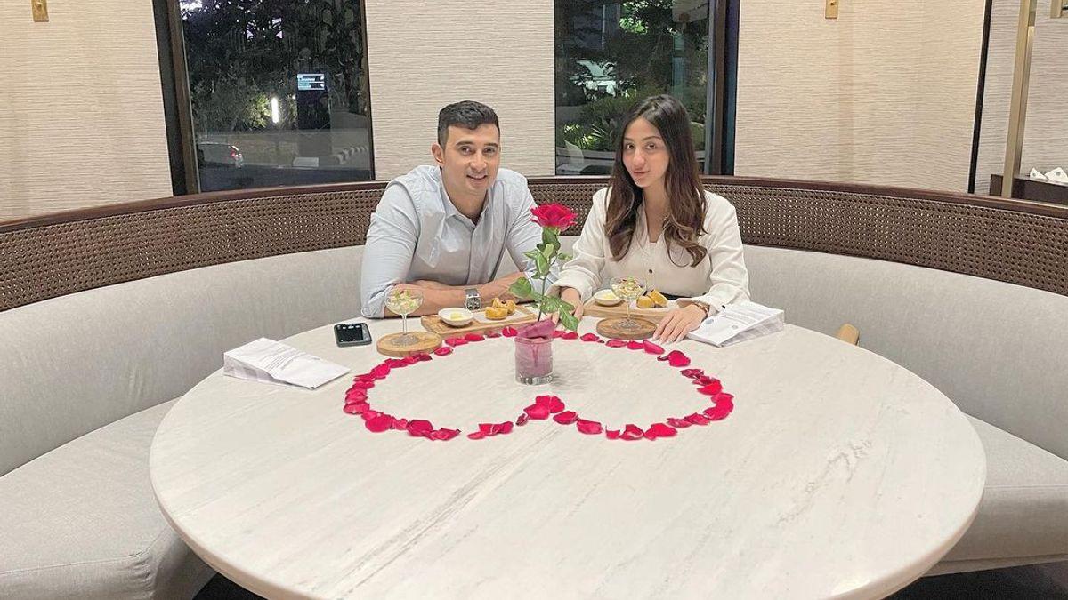 3 Perubahan Positif yang Dirasakan Ali Syakieb Setelah Menikah