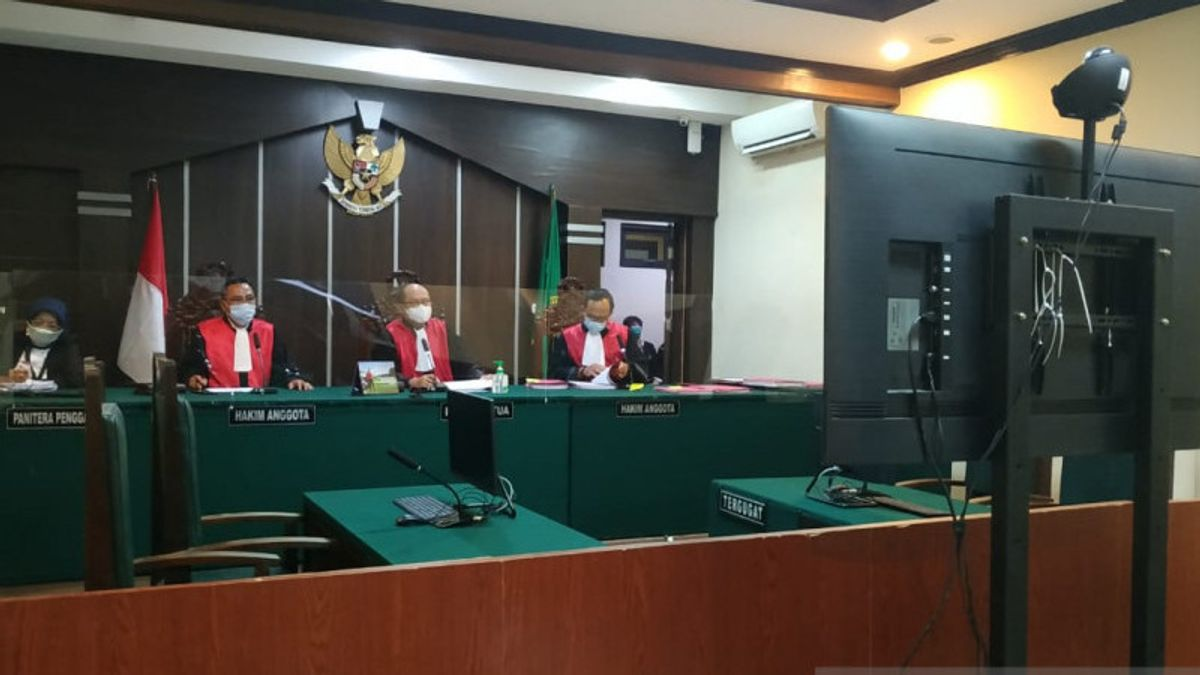 4 Naughty Village Heads For Drug Users Hold First Trial In Jember District Court