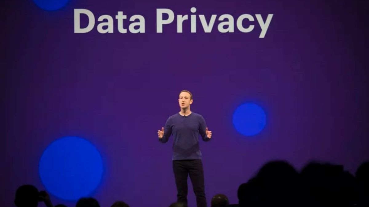 Zuckerberg Reveals Reasons For Implementing WhatsApp's New Privacy Policy