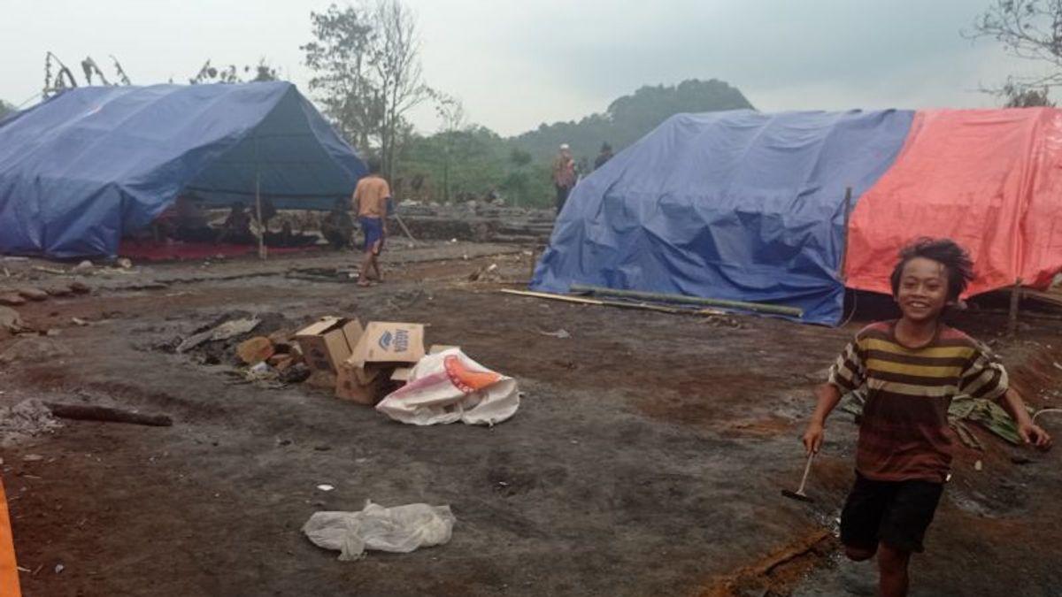 Hanya Baju Melekat di Badan, Warga Baduy Korban Kebakaran Dambakan Bantuan Rumah