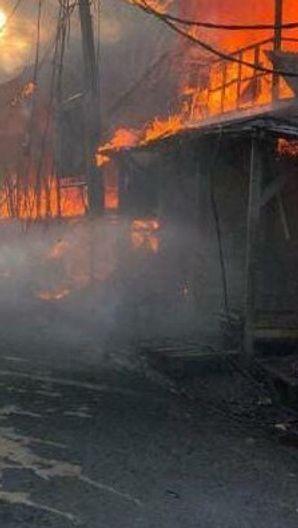 174 Lapak di Pasar Kambing Tanah Abang Ludes Terbakar, Kerugian Capai Rp1 Miliar