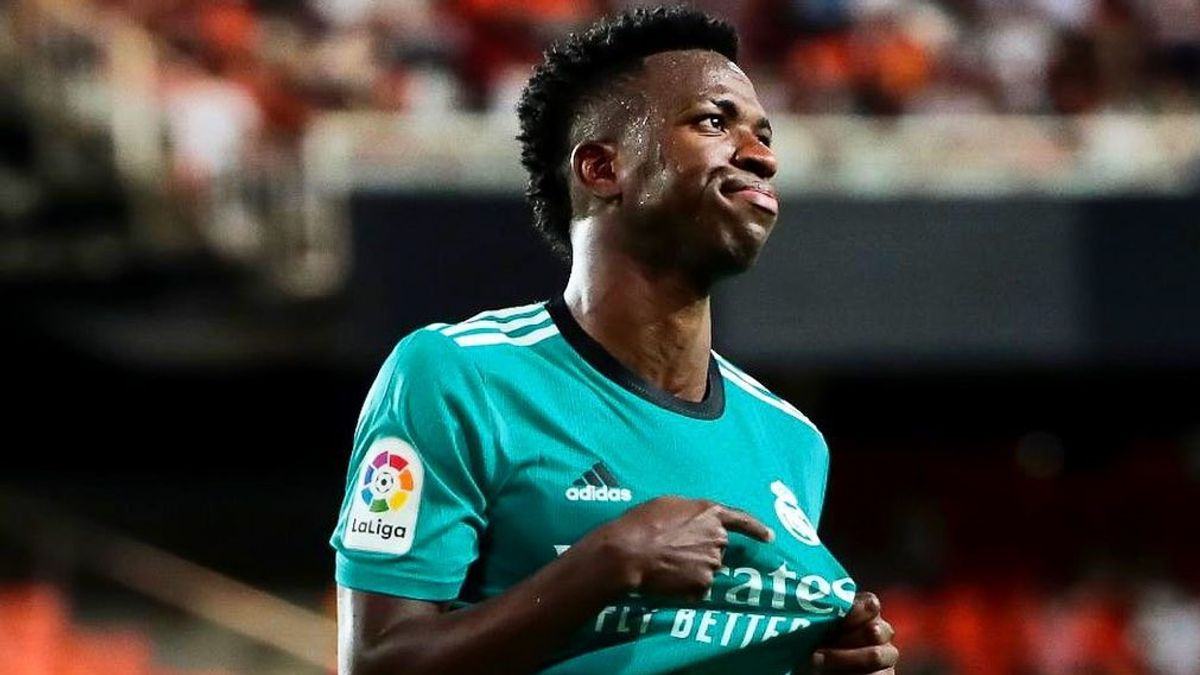 Vinicius' Text Messages Prove Himself A Madridista, Contradicts Cule Andre Cury's Claims