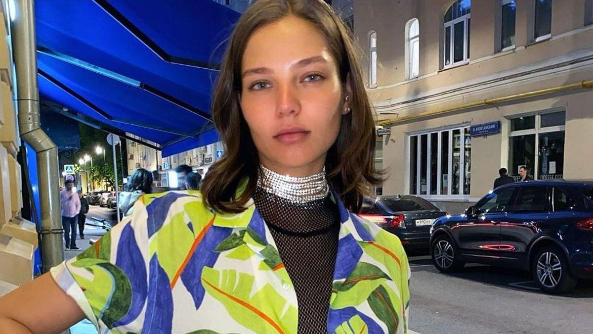 Model Rusia yang Foto Telanjang di Punggung Gajah Diperiksa Polisi, Alesya Kafelnikova Bilang Seni