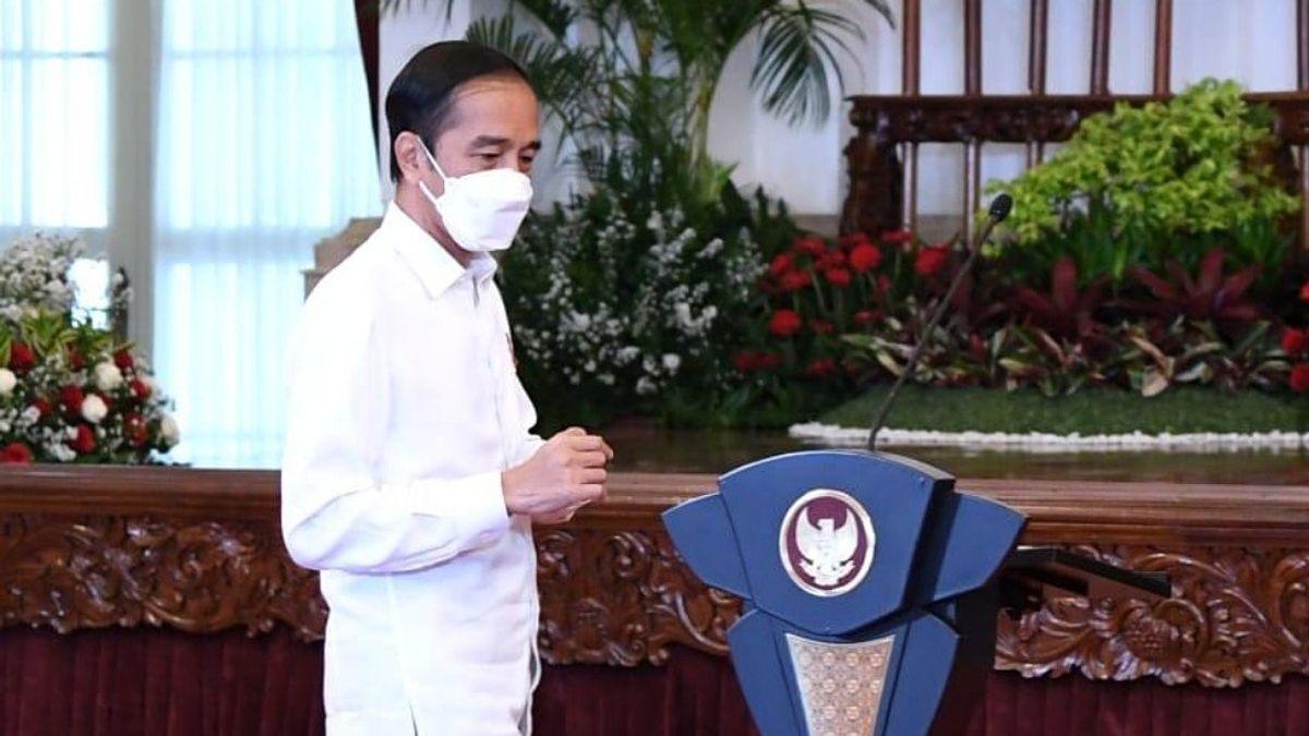 Jokowi: Ada Tiga Industri Kebal COVID-19, Tetapi Masih Lakukan Impor